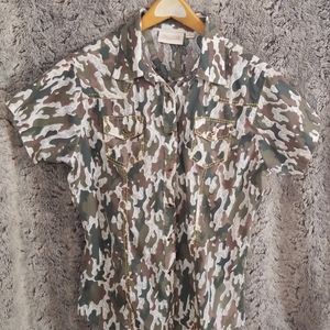 Camo Short Sleeved Top with Gold Stitching